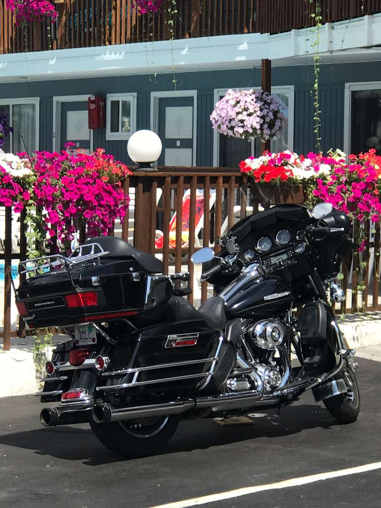 The Lake Haven Motel is motorcycle friendly.