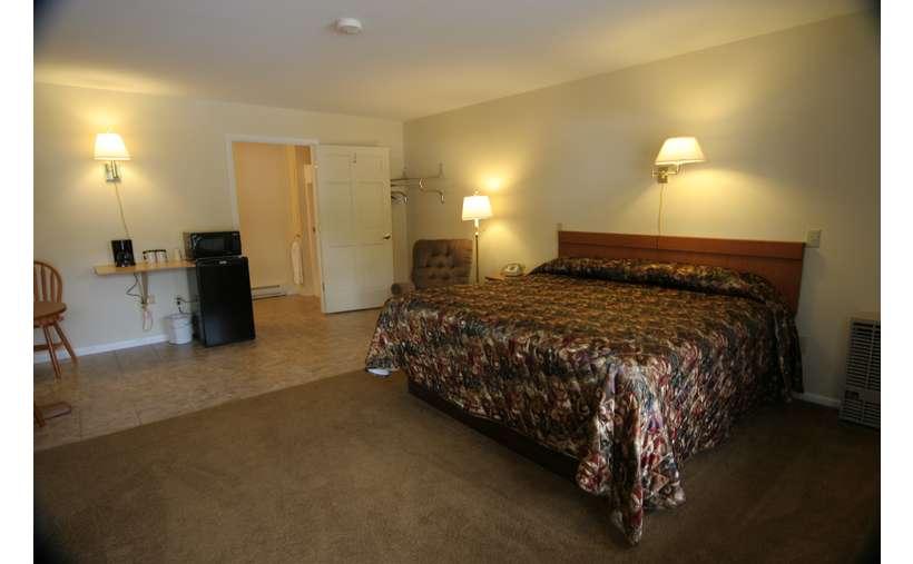 Maple Leaf Motel (6)