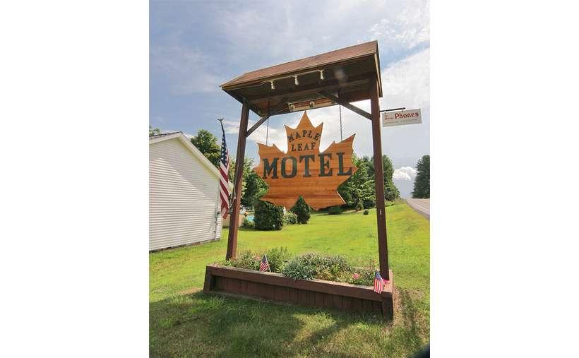 Maple Leaf Motel (3)