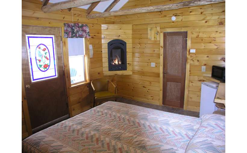 Maple Leaf Motel (2)