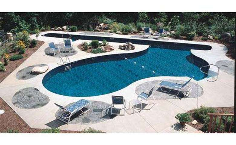 Sprague's Mermaid Pools & Spas (2)