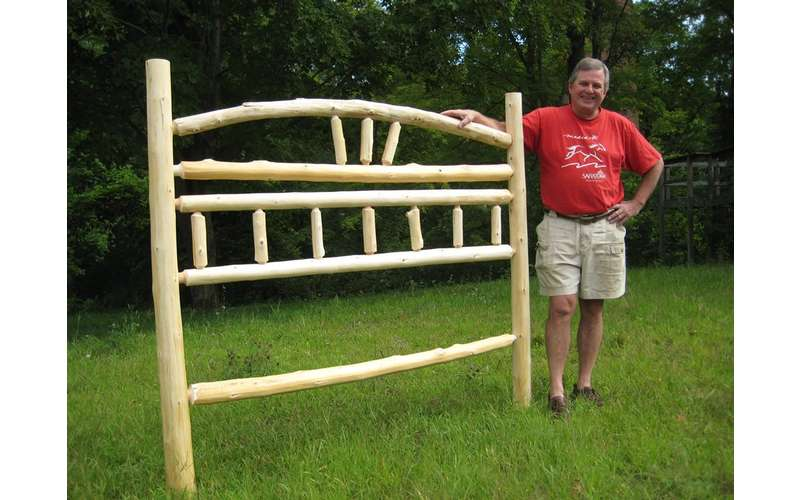 Create a rustic headboard in just a two-day class.