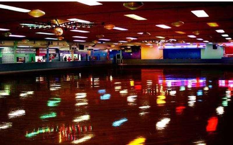 Rollarama Skating Center (2)