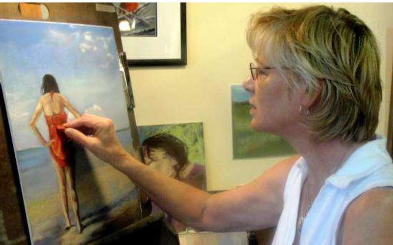 Artist/owner Bev Saunders at work