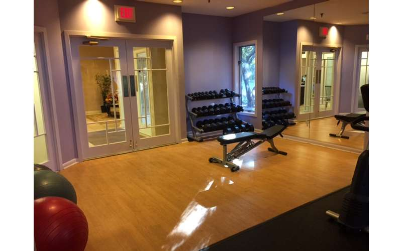 24 HOUR FITNESS CENTER WITH FREE WEIGHTS