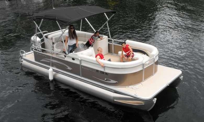 pontoon boat on lake george