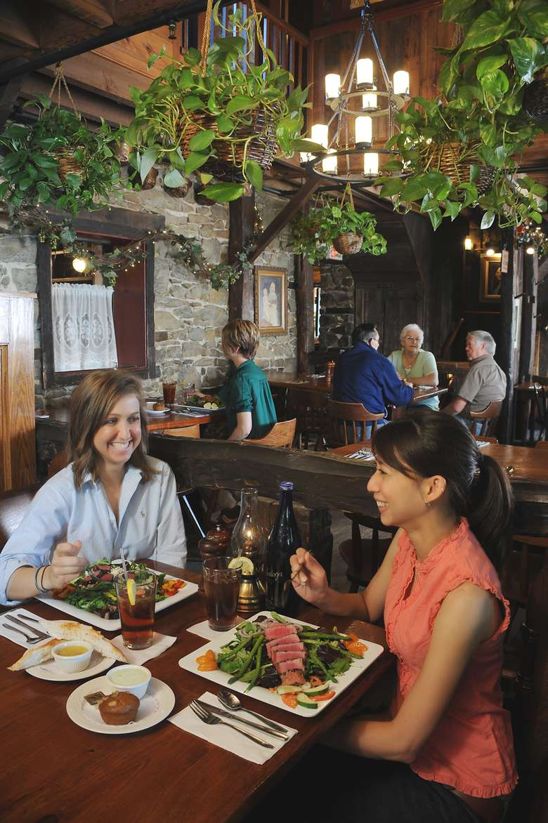 two women dining at the olde bryan inn