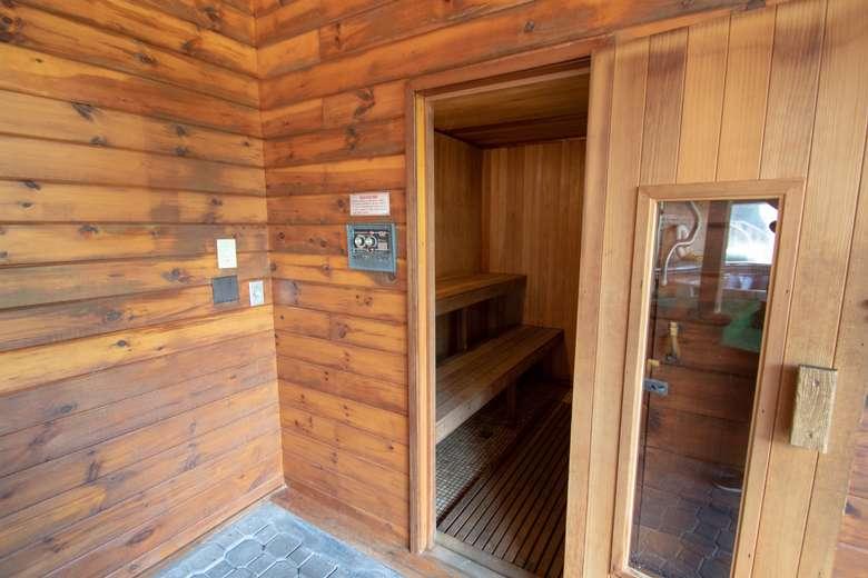 photo of Tall Pines Motel sauna