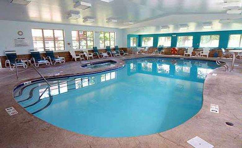 indoor pool at the mohican motel