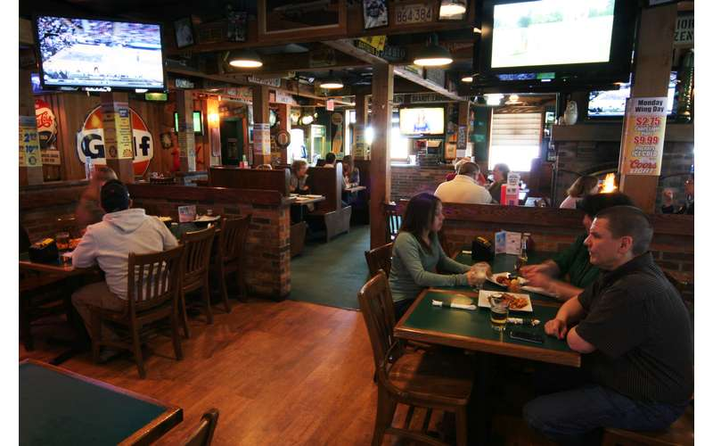 O'Toole's Restaurant Pub (2)
