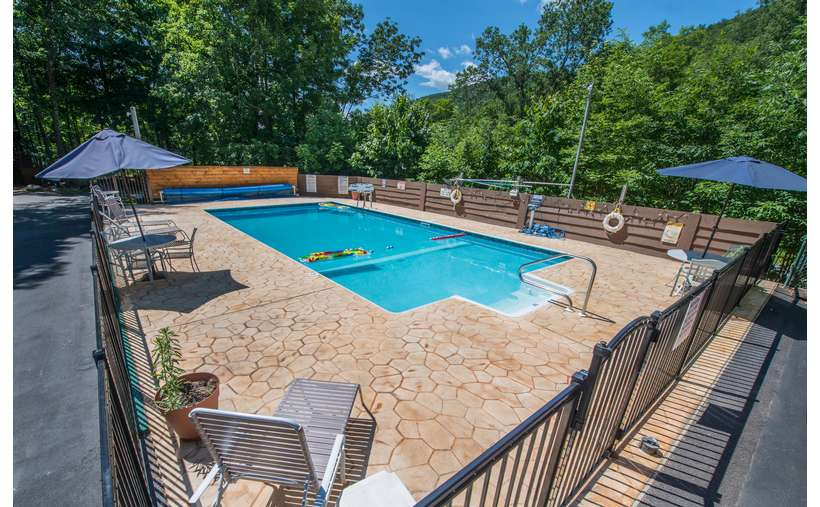 outdoor pool fenced in