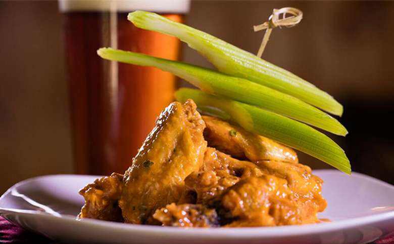 chicken wings with celery