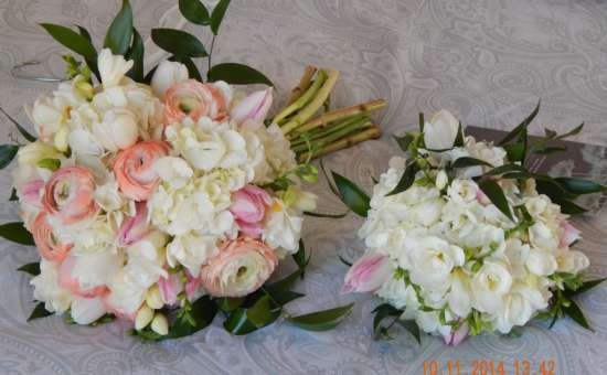 Two white and pink bouquets