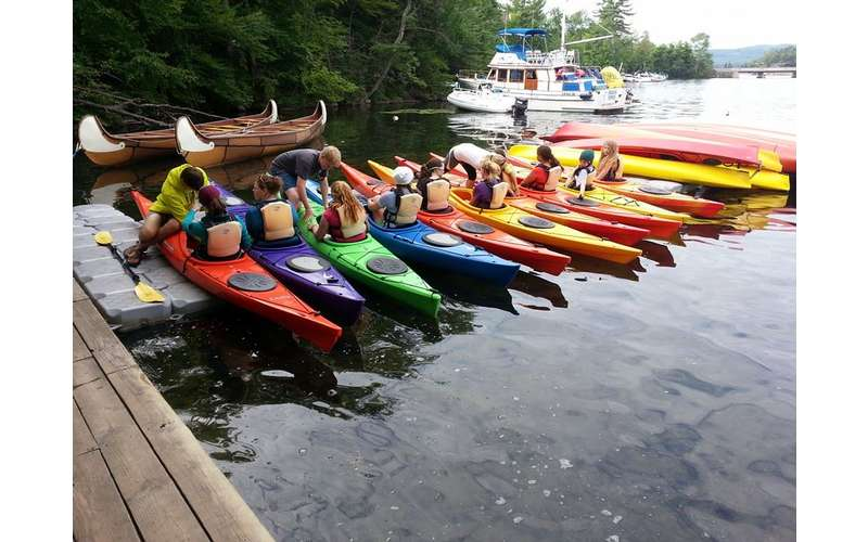 Rent a kayak and head out on Lake George with a group of friends. The company's skilled instructors will help you launch.