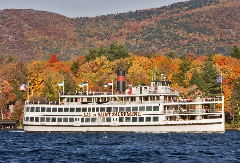 lac du saint sacrement steamboat on lake george in the fall