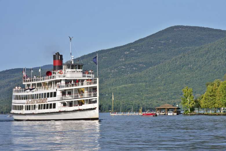 lac du saint sacrement on lake george