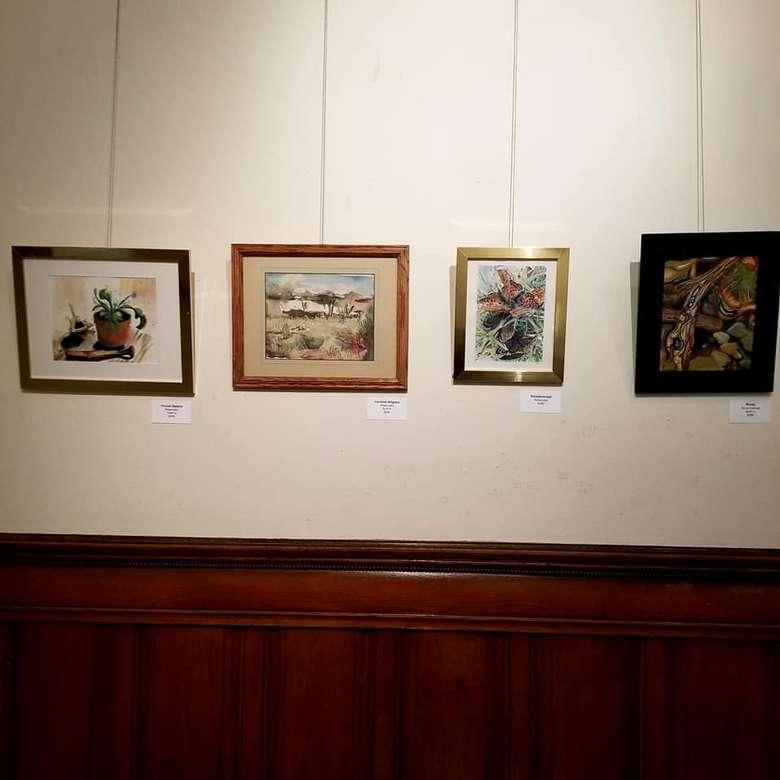 art in gallery hanging