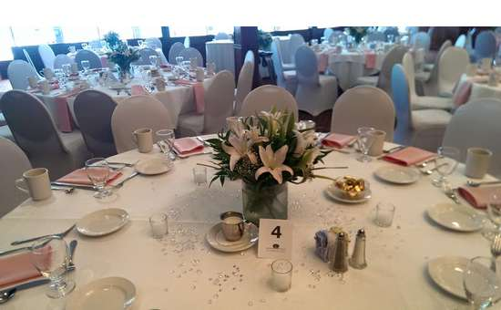 Decorated tables with lillies