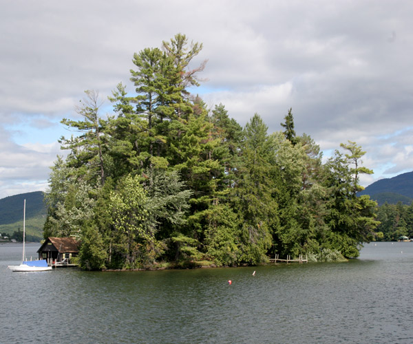 A camping island in Lake George