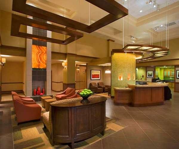 Hyatt Place Saratoga / Malta lobby area