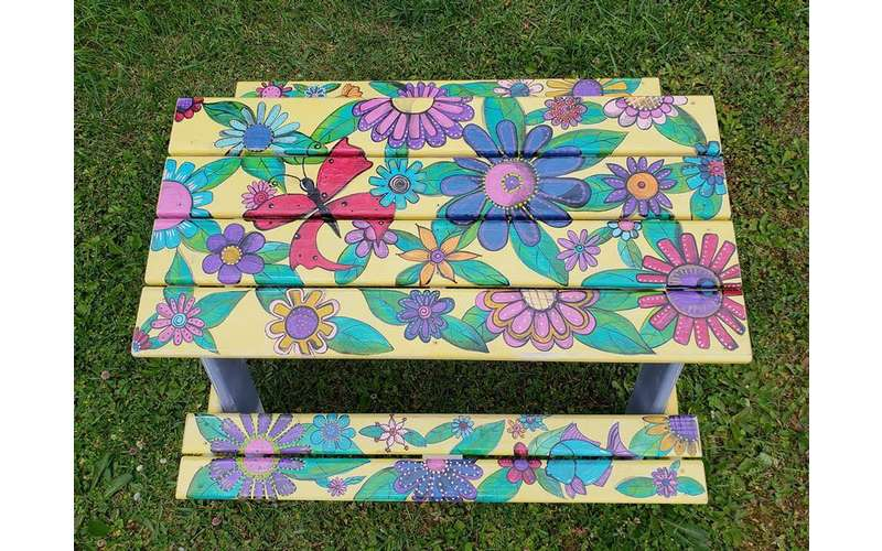 flowers painted on table