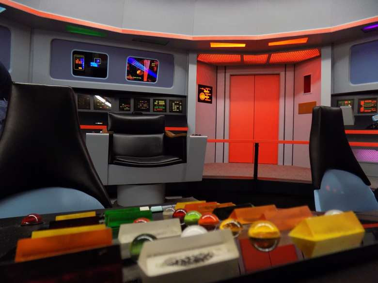 the doors to the control room on the star trek enterprise