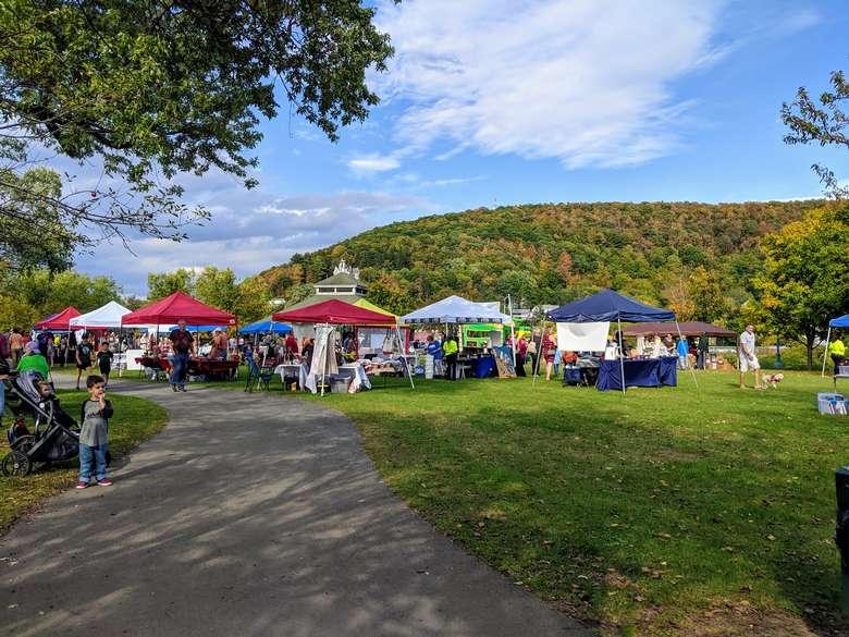 vendors at festival