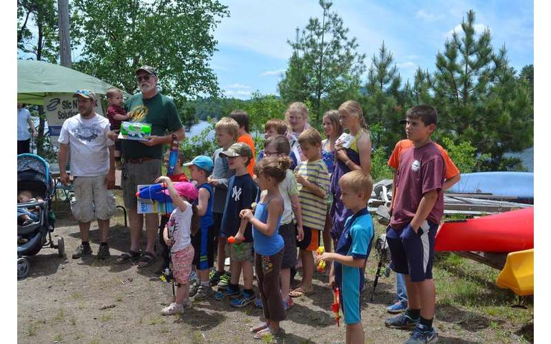 group photo of kids outdoors