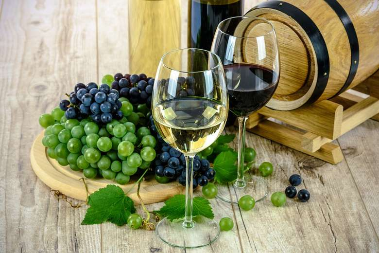 11th Annual Friends of Chester Library Wine Tasting & Auction (1)