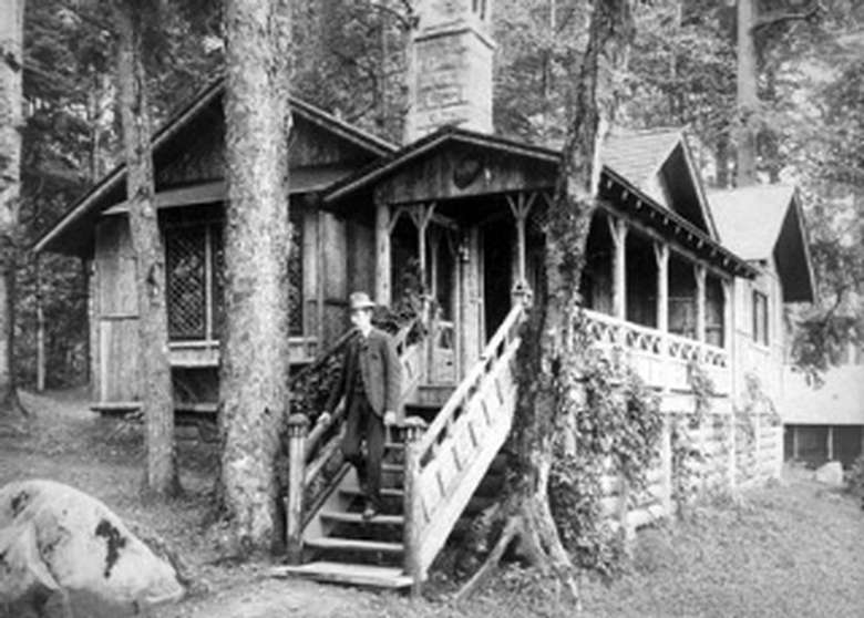 black and white photo of cabin