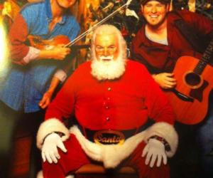 Santa with musicians