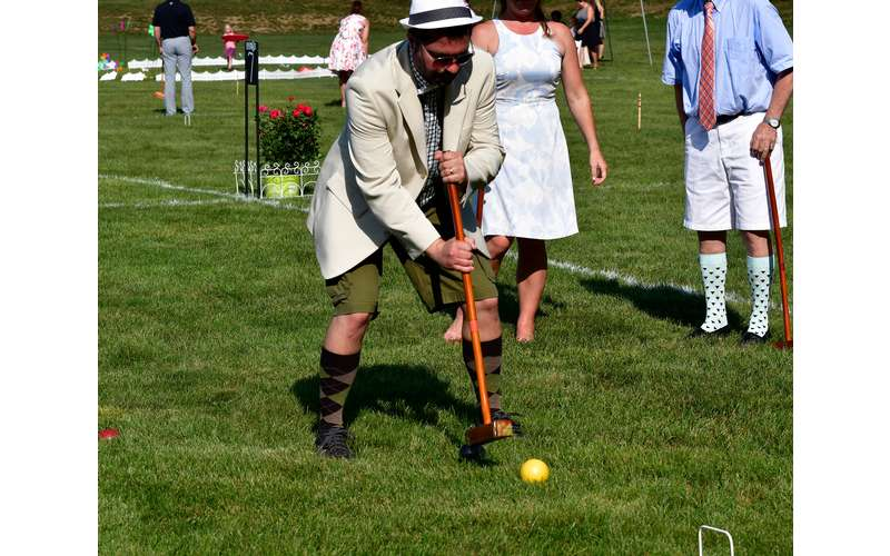 Croquet on the Green (2)