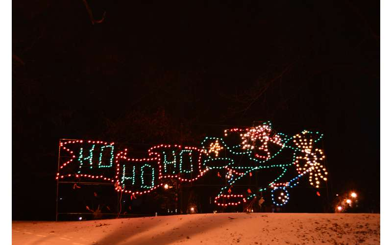 21st Annual Price Chopper/Market 32 Capital Holiday Lights in the Park (4)