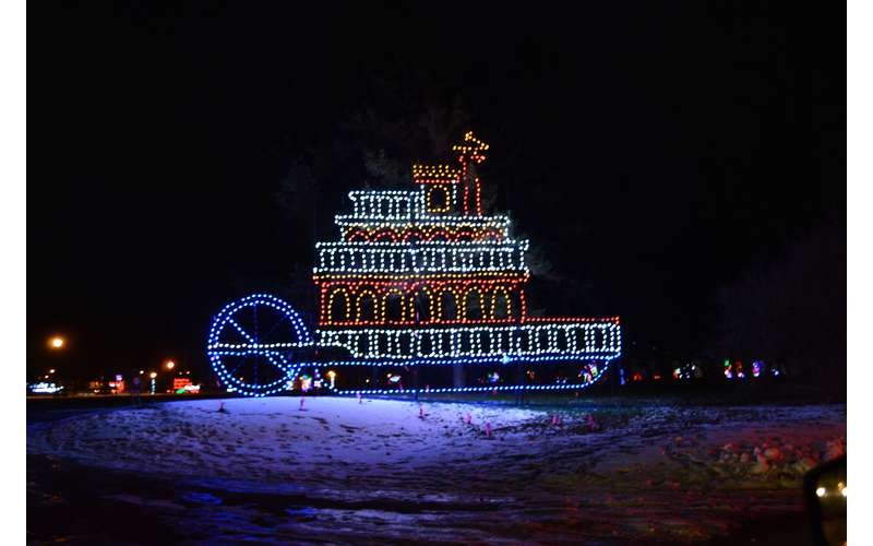 21st Annual Price Chopper/Market 32 Capital Holiday Lights in the Park (8)
