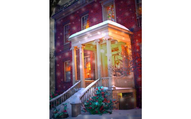 Ten Broeck Mansion Holiday with Snow