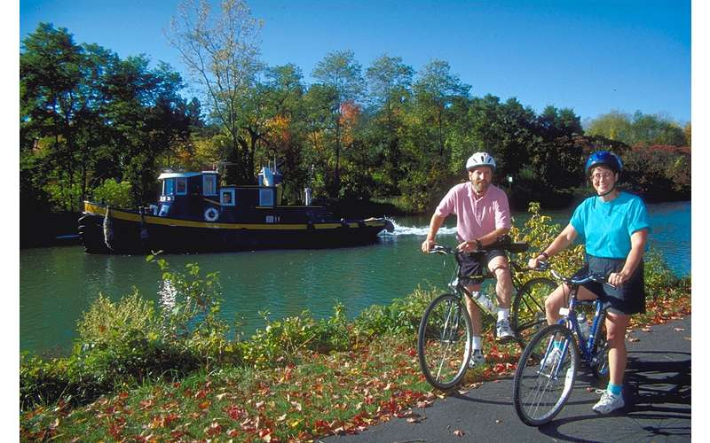bike riding near erie canal
