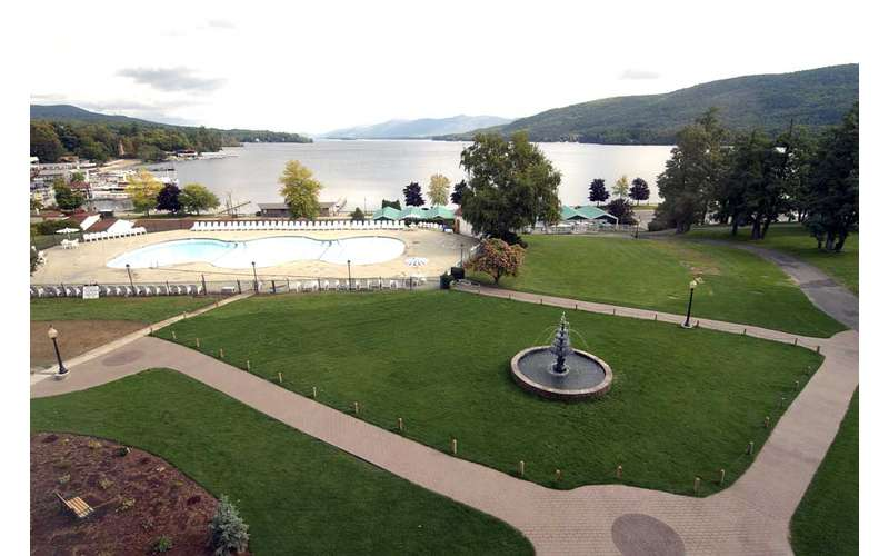 lawn of the fort william henry resort