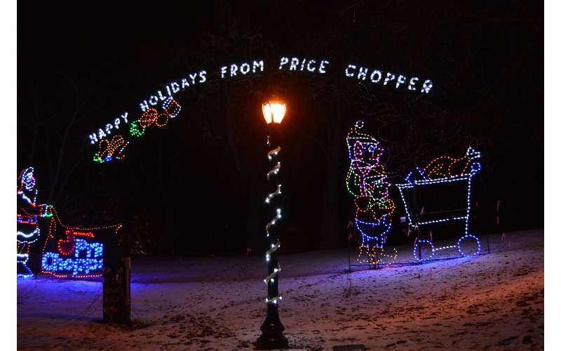 holiday lights spelling out Holiday Lights From Price Chopper