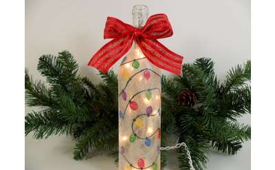 "Example painting of ""Holiday Wine Bottle w/ Lights"""