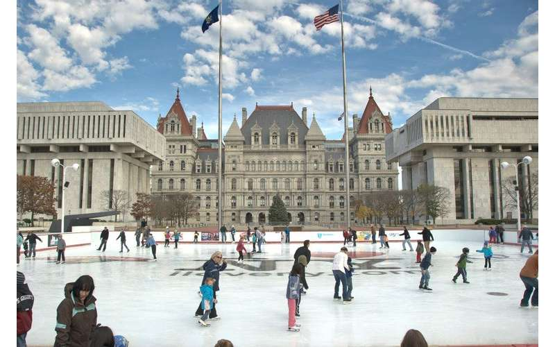 Empire ''Skate'' Plaza - Part of Winter at the Plaza (1)
