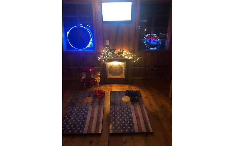Indoor Corn Hole Monday Nights (3)