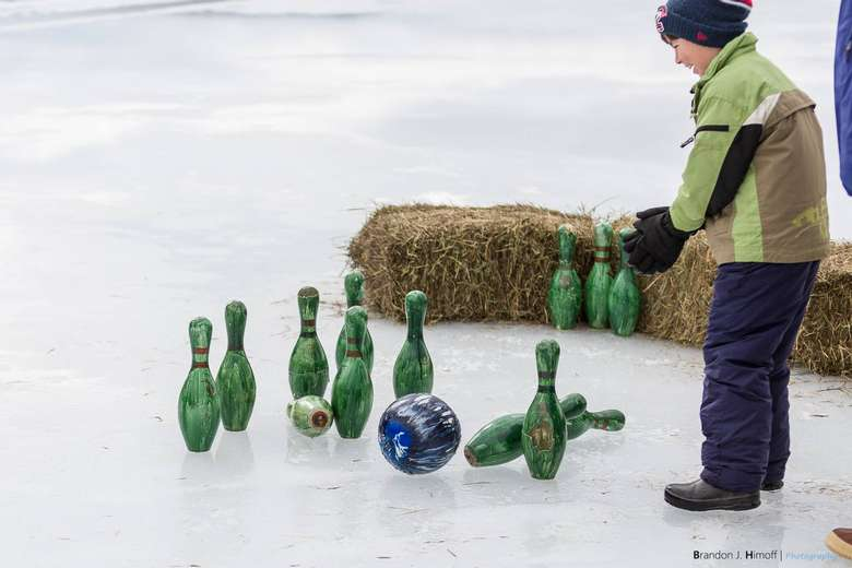 Photo of ice bowling