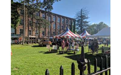 Thursday Market/Food Truck Corral at The Shirt Factory