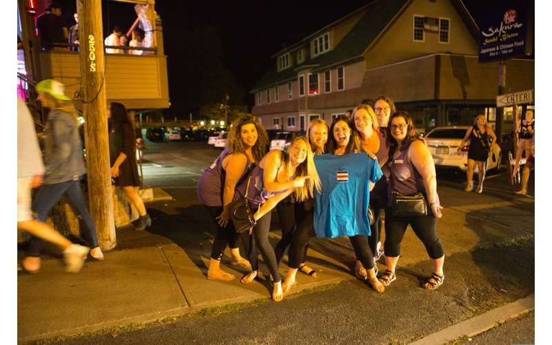 Lake George Bar Crawl (20)