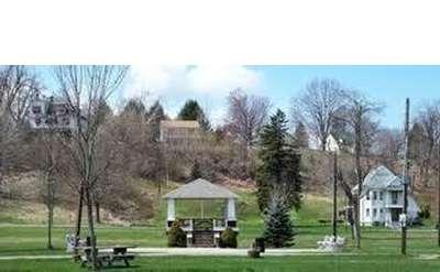 Tallmadge Park Photo