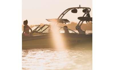 Boat on Lake Photo