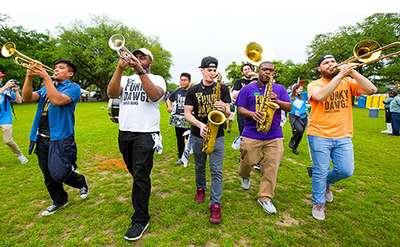 Funky Dawgz Brass Band Photo