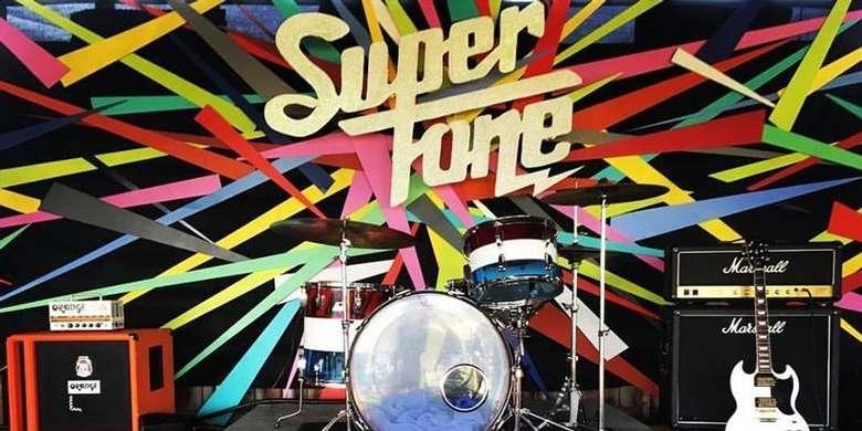 Supertone Banner