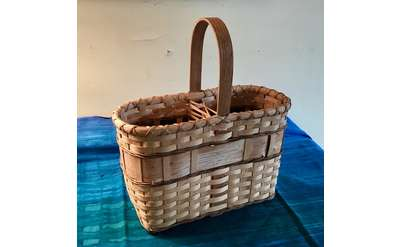 Wine Basket for Two Bottles Photo