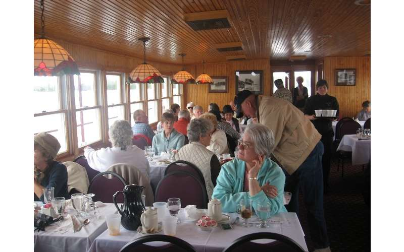 people dining